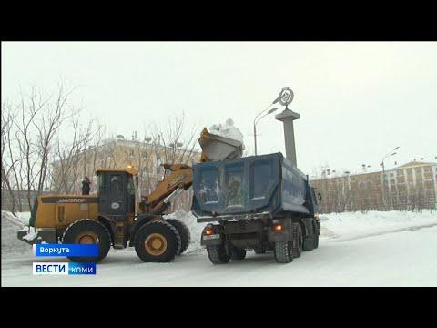 Последствия снегопадов в Воркуте