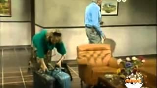 CHESPIRITO 1987 - Los Caquitos - Una Sorpresa en el Hotel - Parte 1/4