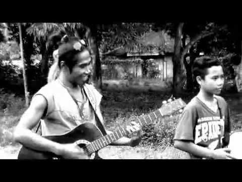 Reggae Lombok- Scooter & Family