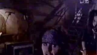 Watch Quireboys There She Goes Again video