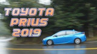 Prius Hybrid 1.8 從前衛設計中找回親切感,安全也提升了  - 試駕 廖怡塵 【全民瘋車Bar】121