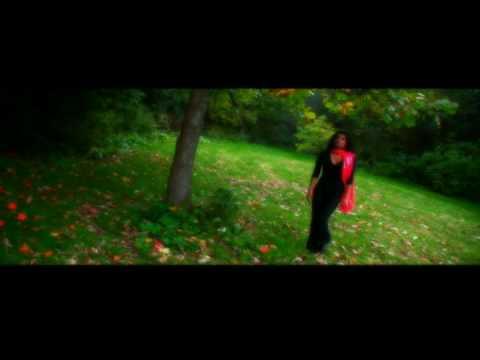Ennai Thedi Kaathal Enra - Kadhalikka Neramillai -  Tamil Music Video