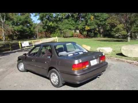 1993 Honda Accord EX Startup, Quick Tour, Engine & Overview