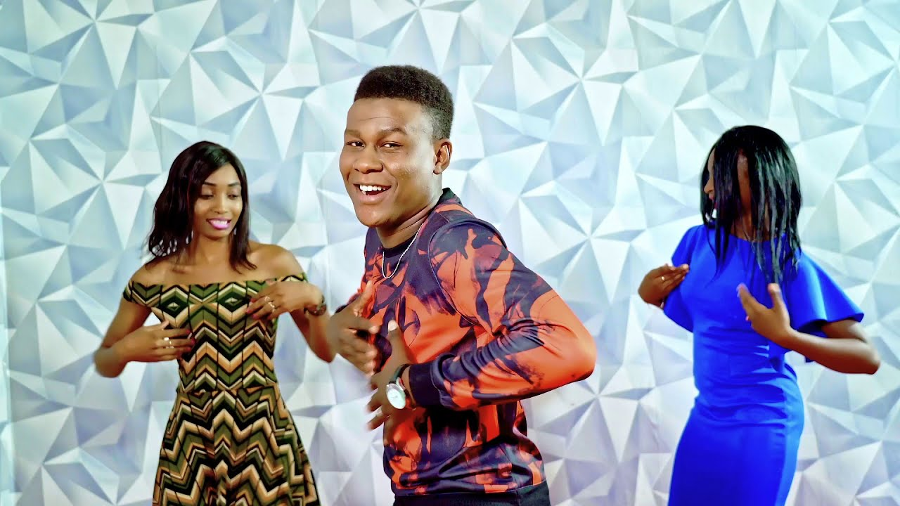 Download Kitary One Dance Clip Officiel