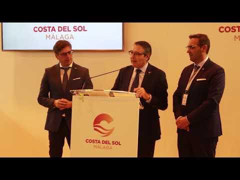 Presentación Rincón de la Victoria en Fitur 2019 a cargo del alcalde, Francisco Salado, y el concejal de Turismo, Antonio José Martín