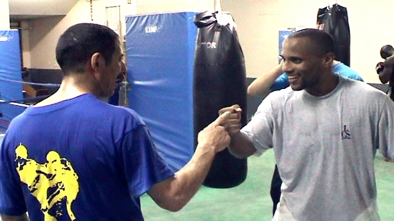 Boxe LIONEL PICORD Flashback avec Houri Belkeir son 1er coach 2005