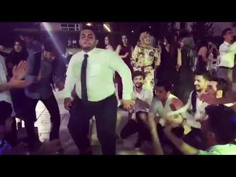 Çılgınca Oynayan Liseli Müzik Mustafa Canik