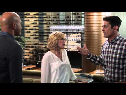 Modern Family - The Cricket Bet