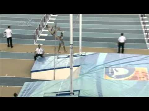 Анна Шелех травма спортсменки при прыжке с шестом
