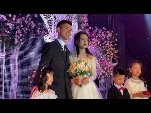 Đỗ Kim Phúc đi đám cưới cầu thủ Đỗ Duy Mạnh ĐT Việt Nam