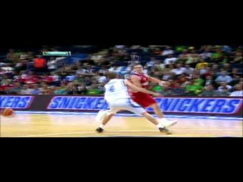 Victor Khryapa Dunk (Russia 79 VS. 60 Finland) (Eurobasket Lithuania 2011)