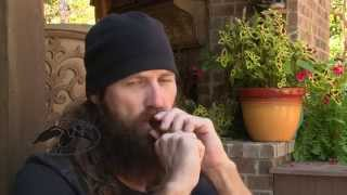 Jase Robertson Demonstrates the Triple Threat