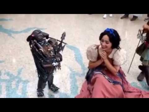 Cosplay at Anime Expo Baby Predator Holds Court  sc 1 st  YouTube & Cosplay at Anime Expo: Baby Predator Holds Court - YouTube