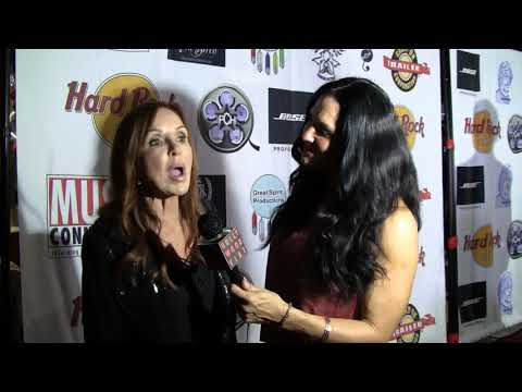 Talking with Jackie Zeman at The Hollywood FAME Awards.