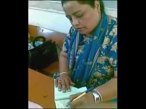 BOGUS VOTING RIGGING @ NA-250 KARACHI ELECTIONS 2008.mp4