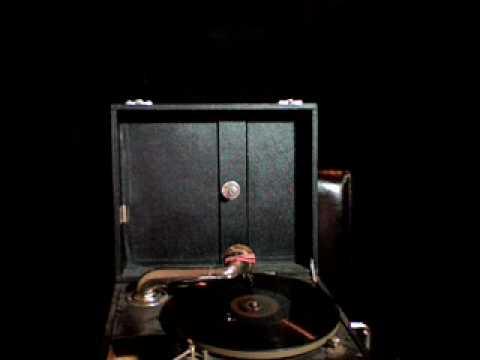 Bing Crosby Dear Old Donegal 78 Gramophone
