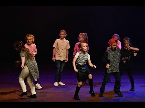 Audience Dance Battle @ Midlands Best Dance Crew 2015