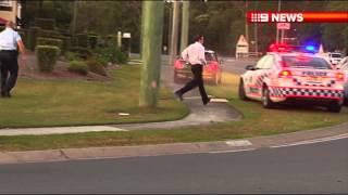 The Italian Job in Brisbane? Police try to stop mini, FAIL. LOL