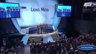 لحظة تسليم ليونيل ميسي كأس دوري أبطال اوربا مدبلج عربي