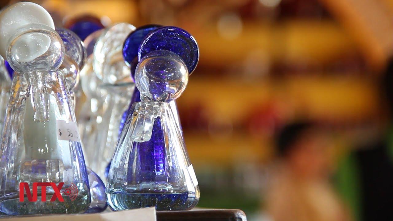 Vidrio soplado el vidrio artesanal de la f brica la luz en puebla youtube - Fabrica de floreros de vidrio ...