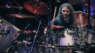 AQUILES PRIESTER - The Glory of the Sacred Truth (Edu Falaschi)