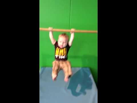 Baby Bar Hanging