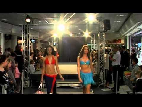 Défilé de mode Centre commercial La Mayenne - Carrefour à Laval