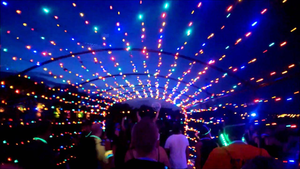 Living Social S Glow In The Dark 5k Dance Party Citi
