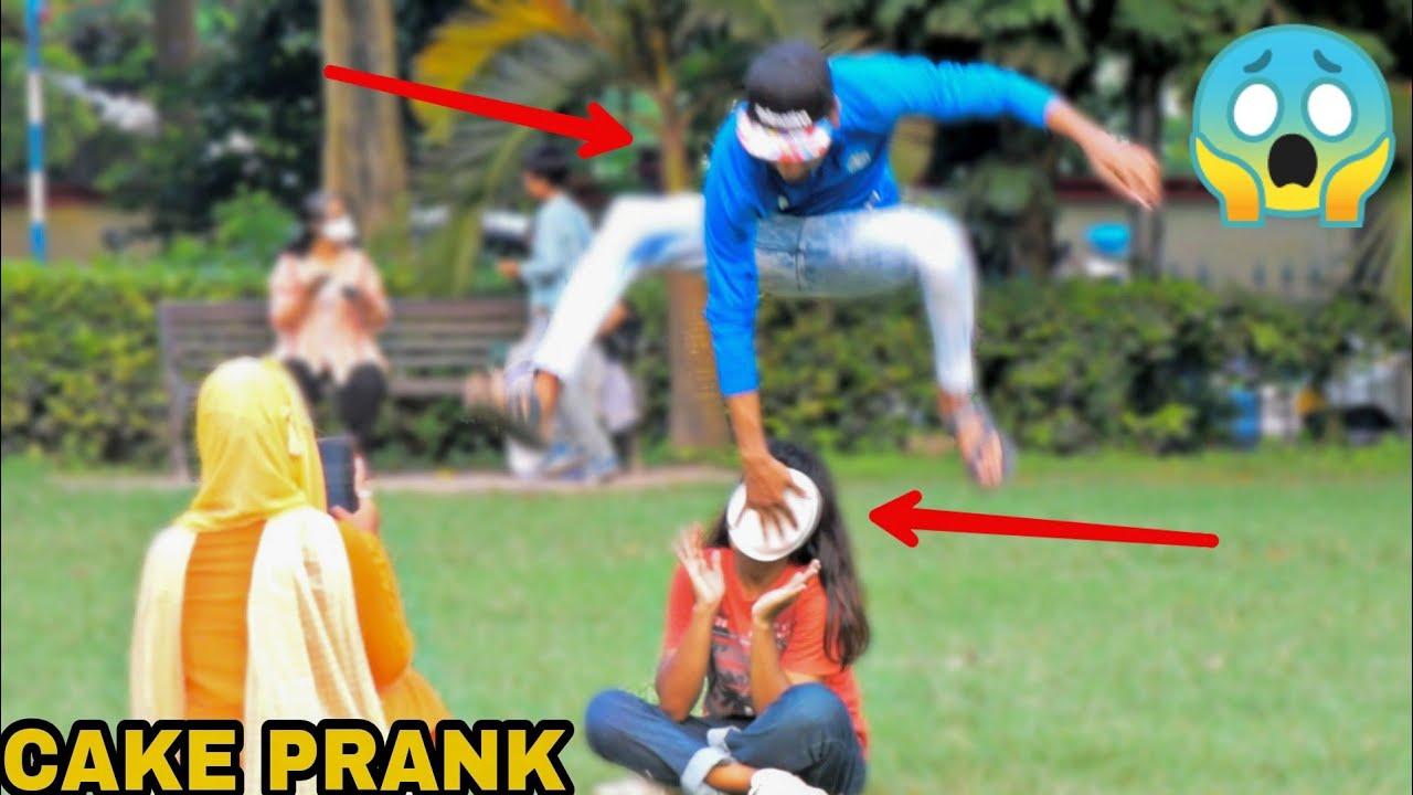 PIE IN THE FACE PRANK ON GIRLS || PRANK IN INDIA - MOST DANGEROUS PRANK EVER || MOUZ PRANK