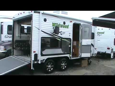 Rv Dealer Near Me >> WILDWOOD XLITE 18XLSRV TOY HAULER VIDEO TOUR II - YouTube