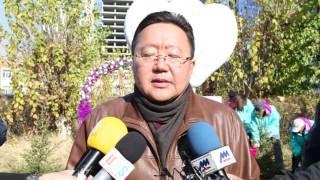 Монгол Улсын Ерөнхийлөгч Ц.Элбэгдорж Гэрлэх ёслолын ордны цэцэрлэгт хүрээлэнд мод тарилаа