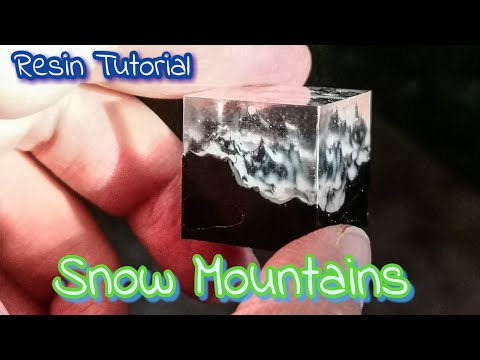Snow Mountains Resin Tutorial - August premium elves box by Sophie and Toffee (progetto 2)