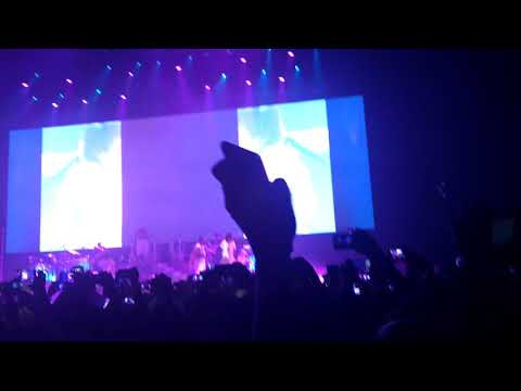 Ariana Grande Side to Side (DANGEROUS WOMAN TOUR 13/07/17 Mexico City)