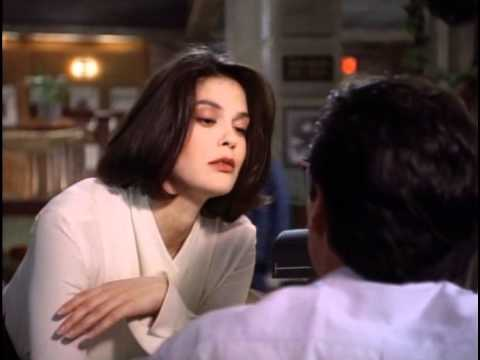 Teri.Hatcher Leggy Scene from Lois & Clark