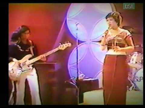 """Mi Dot Mi Dae""; Burmese Song by Cho Pyone with ""Super Stars""; Burmese Rock Band on Myanmar TV 1982"
