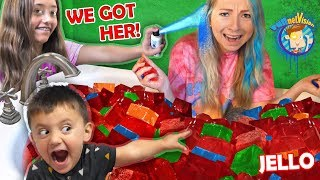 SHAWN vs. the NANNY! BLUE HAIR vs. JELLO TUB Pranks (FV Family Vlog)