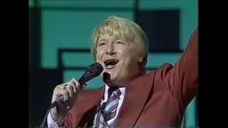 JOE LONGTHORNE 'THE ENTERTAINERS' ITV  1983 thumbnail