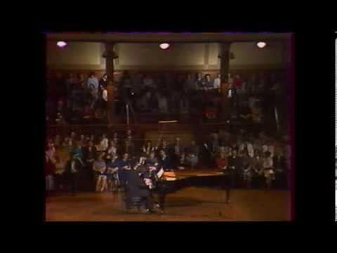 1984. 03. 23 Kétzongorás-négykezes hangverseny a Zeneakadémia nagytermében