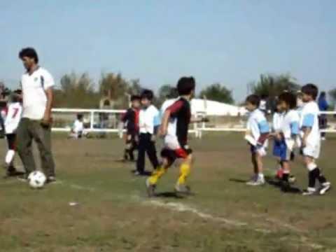 Gol del chino-Escuela de Futbol Profe Cacho Jara...Puerto Tirol -Chaco