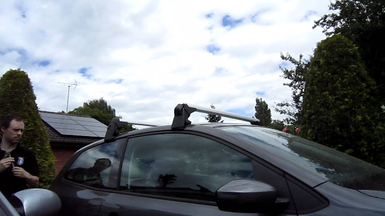 Ford Fiesta Roof Rack >> Roof bars and three cycle racks on a Polo 3-door - YouTube