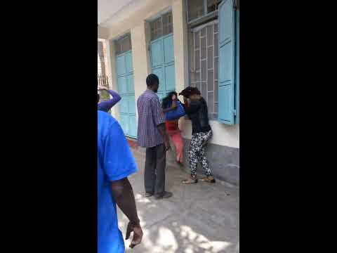 Best African women fight. A Kenyan,Kiambu woman Vs a Nigerian,Lagos woman.