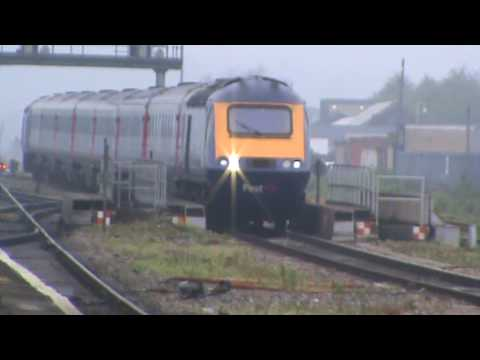 First Great Western High Speed Train nonstop through Reading 120509