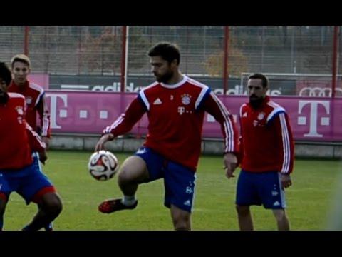 Xabi Alonso shows his technic repertoire - FC Bayern Munich FCB