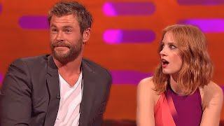 Chris Hemsworth Being Thirsted Over By Female Celebrities!