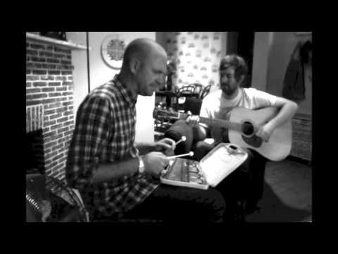 Pierre from Die Heuwels does alternative cover of Die Leeuloop on MBD