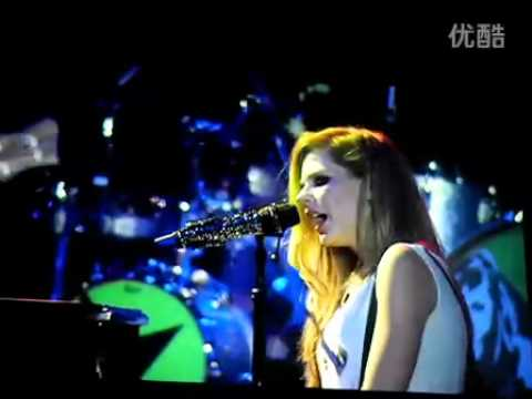 Stop Standing There - Avril Lavigne live in Hong Kong