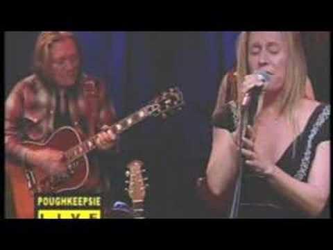 Taylor BARTON with Wicked Felina -- Vapor