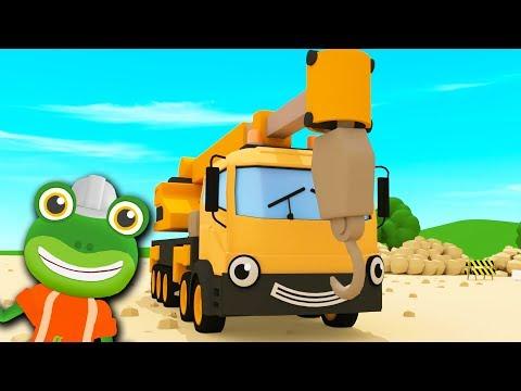 Caroline The Crane Song   Gecko's Garage   Kids Songs   Construction Trucks For Children