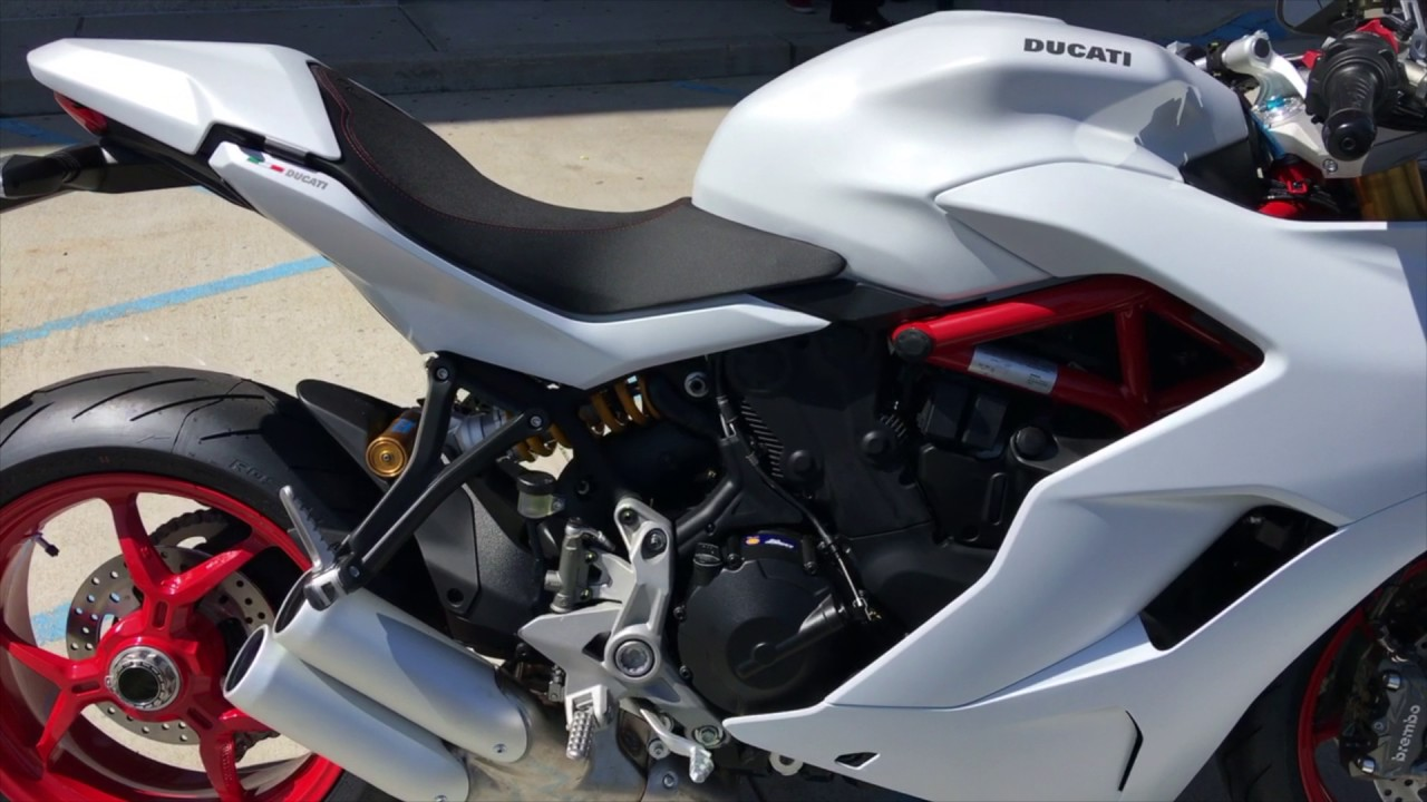 2017 ducati supersport s | first look - youtube
