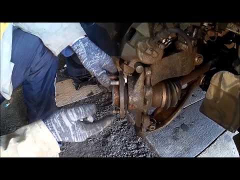 Cмотреть онлайн Форд Фокус 3 замена колесной шпильки передней ступицы